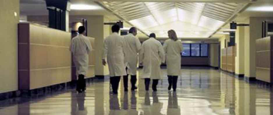 """Operazione """"Camici sporchi"""", arrestati 9 cardiologi del Policlinico di Modena"""