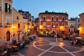 Foto Piazza del Popolo Carpino 2