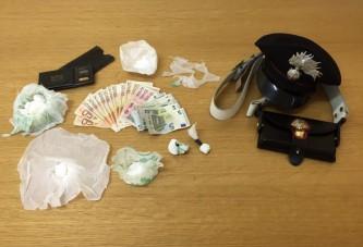Detenzione ai fini di spaccio di stupefacenti: in manette due cerignolani